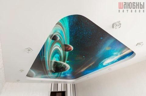 Двухуровневый потолок с фотопечатью в спальню
